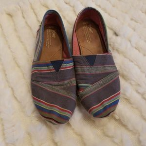 TOMS Strip Flats